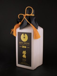 toyama_japan_sun_shine_single_malt_whisky_side